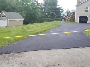 asphalt repairs newtown ct